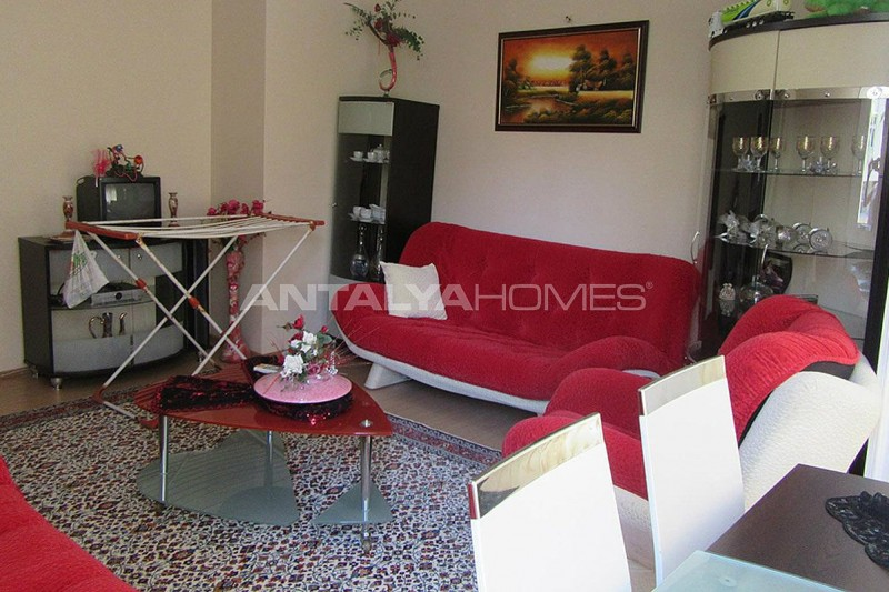 3-bedroom-apartment-close-to-the-center-in-antalya-interior-002.jpg