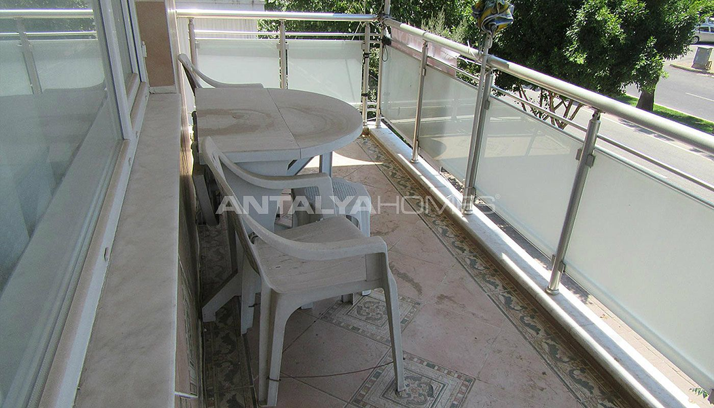 3-bedroom-apartment-close-to-the-center-in-antalya-interior-016.jpg