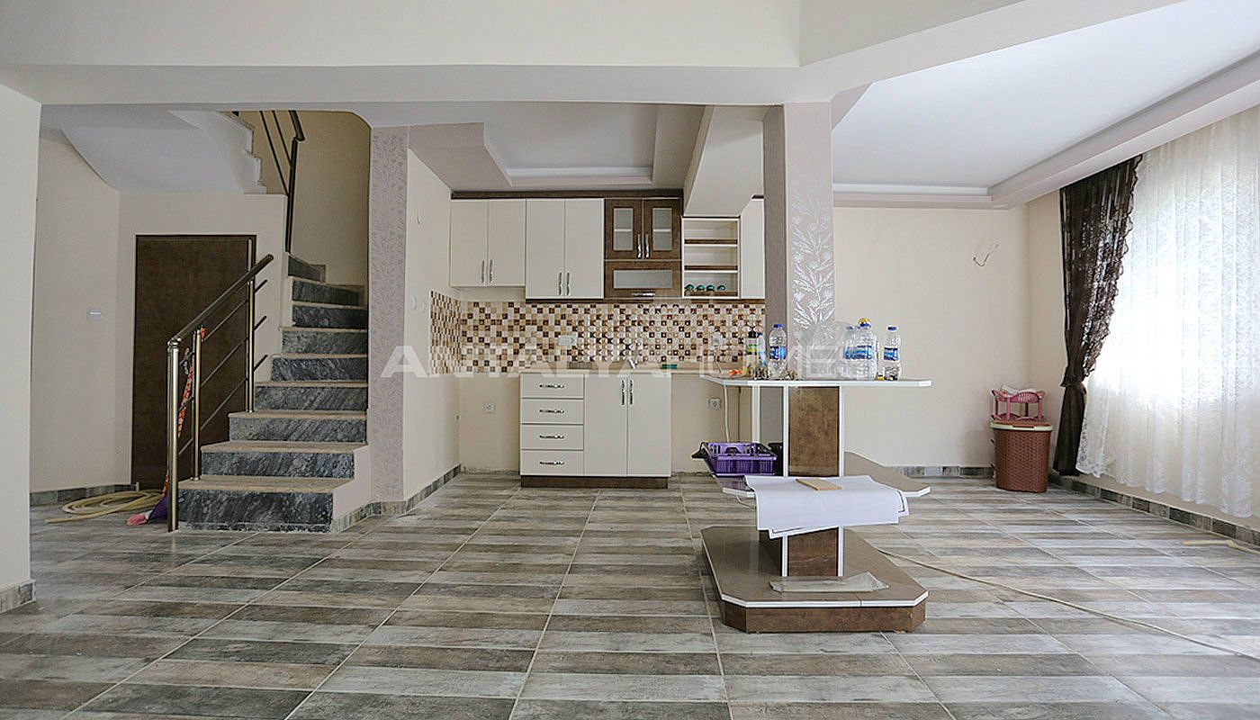 cheap-twin-villa-with-private-entrance-in-turkey-belek-interior-002.jpg
