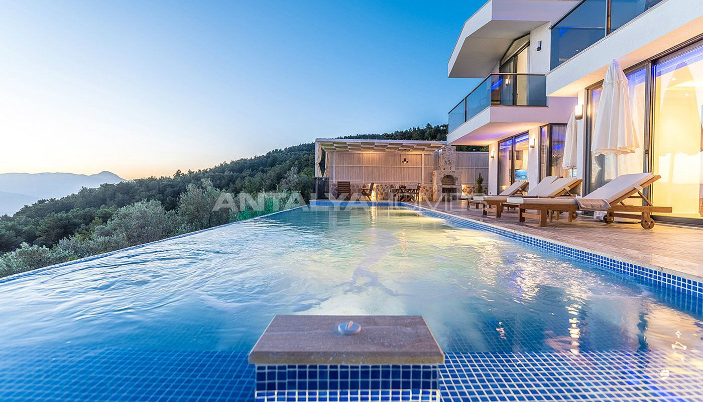 contemporary-villa-in-kalkan-turkey-with-furniture-003.jpg