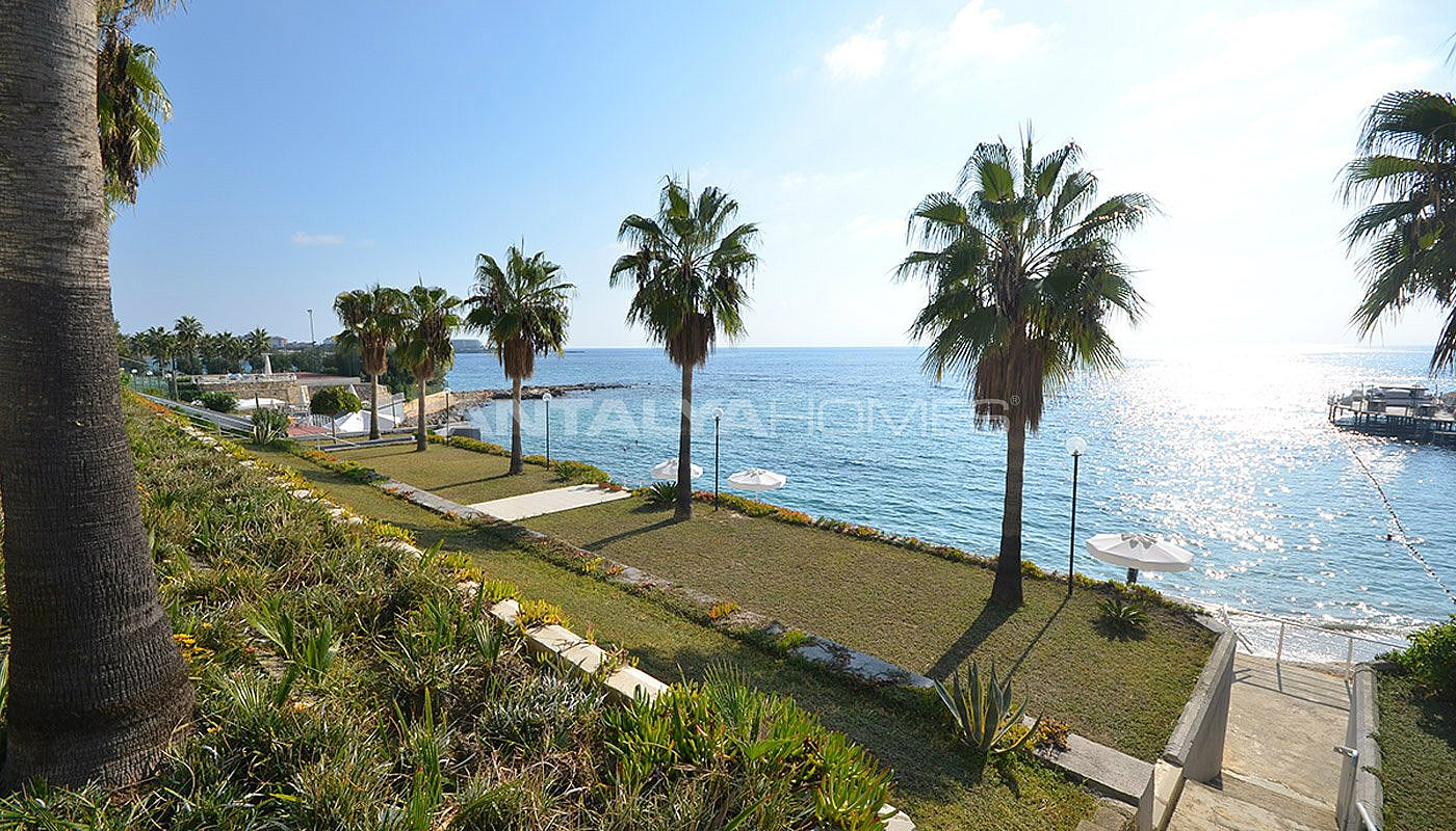 detached-alanya-houses-in-the-seafront-complex-in-avsallar-008.jpg