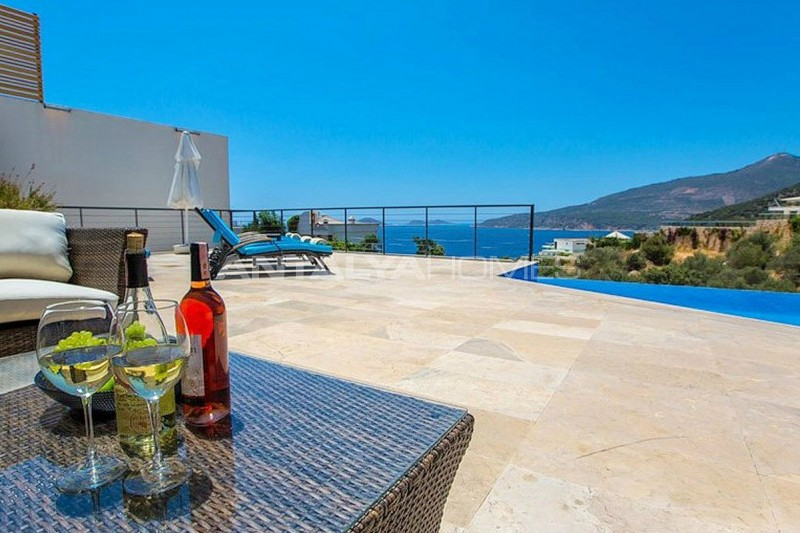 detached-house-in-kalkan-with-furniture-002.jpg
