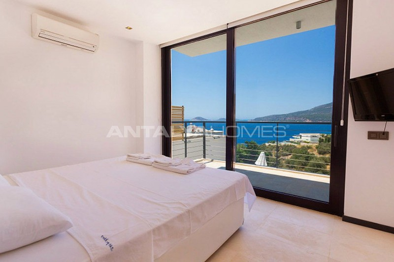 detached-house-in-kalkan-with-furniture-interior-004.jpg