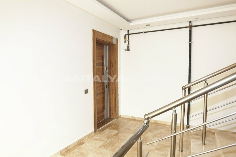 high-class-property-with-separate-kitchen-in-antalya-008.jpg
