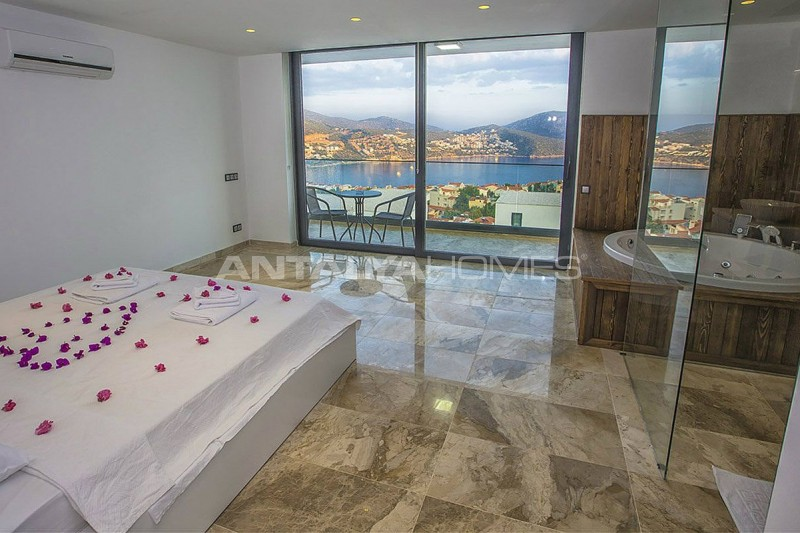 ready-kalkan-villa-designed-with-eye-catching-architecture-interior-08.jpg