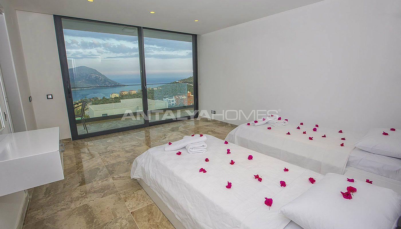 ready-kalkan-villa-designed-with-eye-catching-architecture-interior-13.jpg