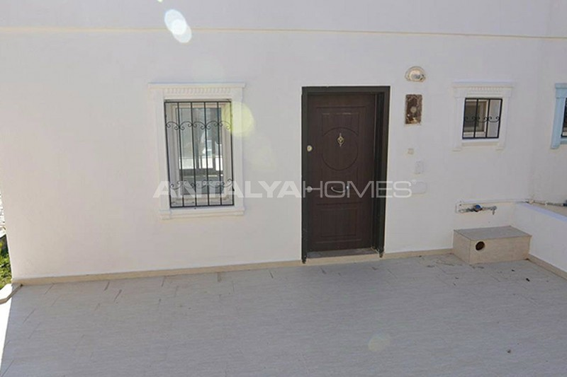 renovated-house-intertwined-with-nature-in-bodrum-adabuku-007.jpg