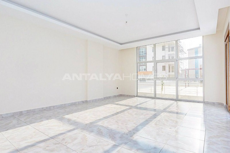 spacious-and-modernly-designed-alanya-apartments-in-oba-interior-001.jpg