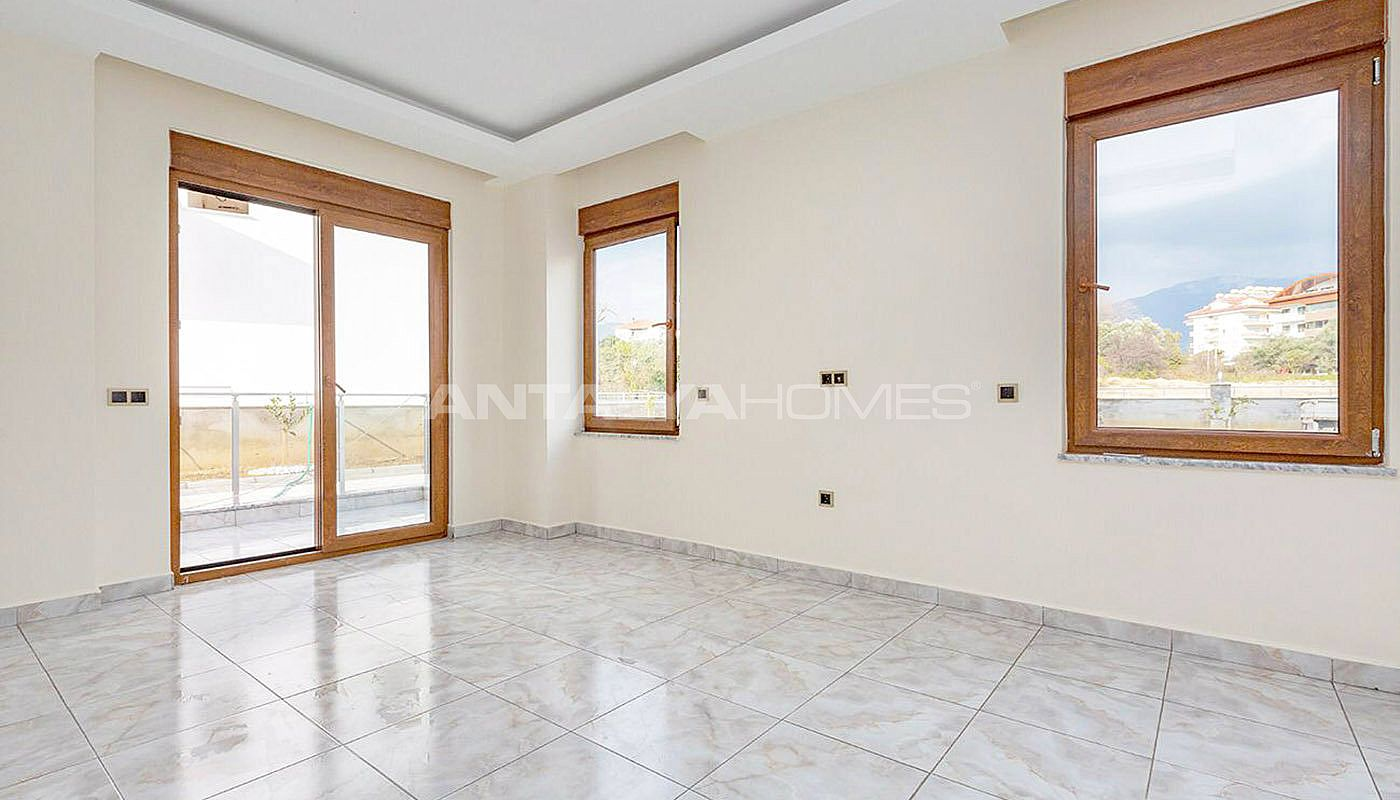spacious-and-modernly-designed-alanya-apartments-in-oba-interior-005.jpg