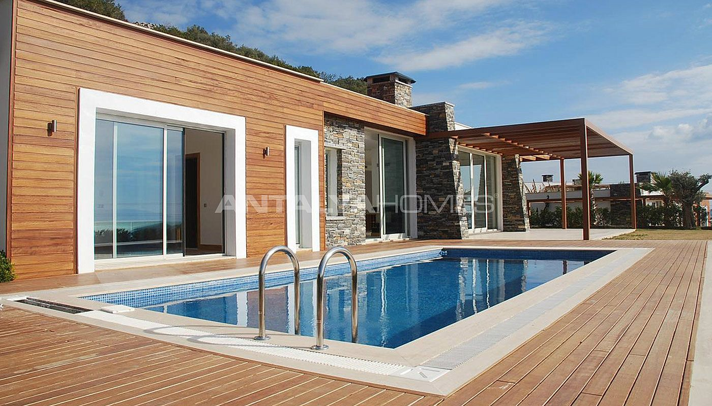 spacious-modern-villa-in-the-prestigious-complex-in-bodrum-003.jpg