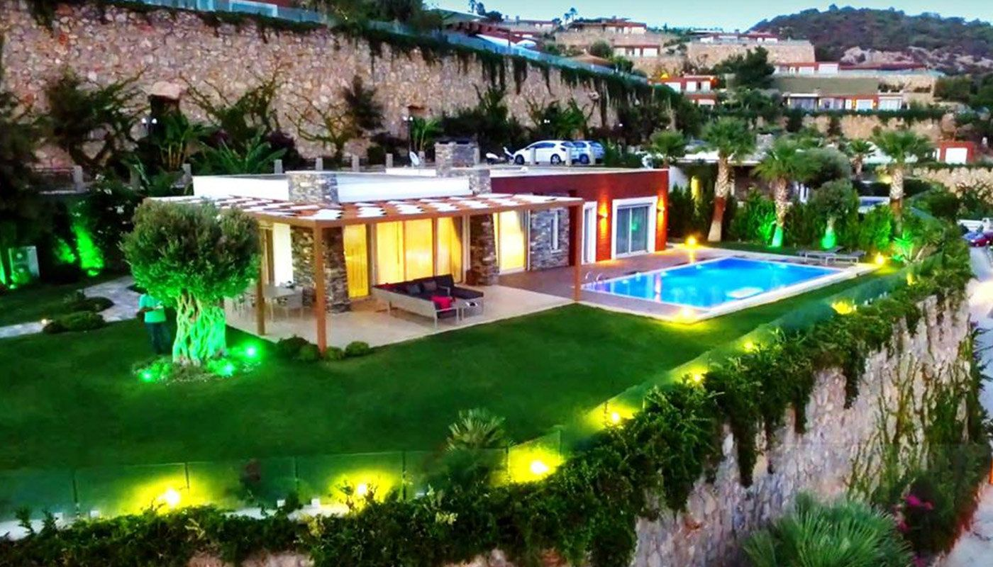 spacious-modern-villa-in-the-prestigious-complex-in-bodrum-main.jpg