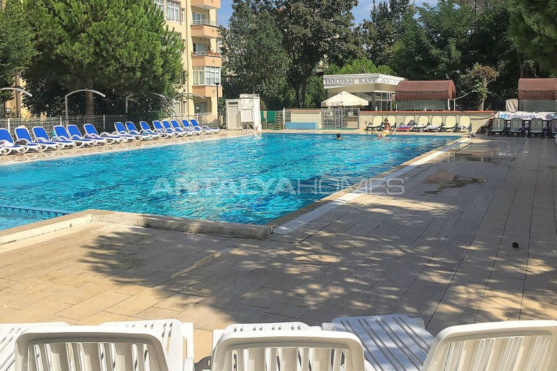 turnkey-3-1-apartment-with-swimming-pool-in-istanbul-005.jpg