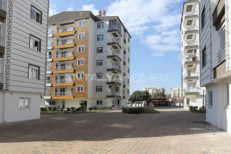 2-bedroom-apartments-in-kepez-with-separate-kitchen-002.jpg