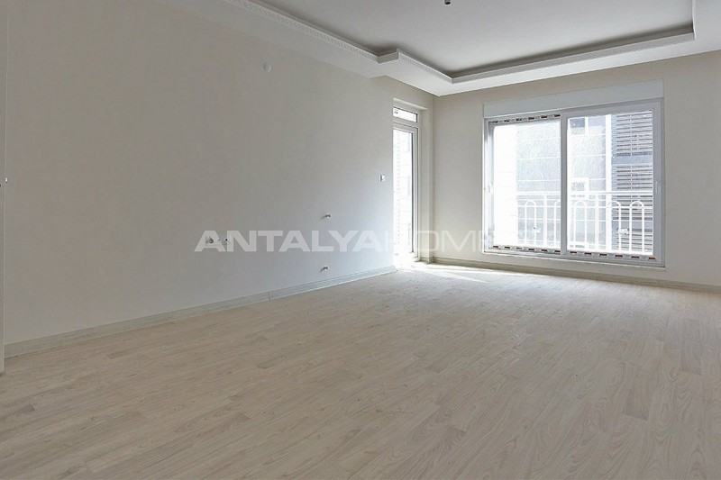 2-bedroom-apartments-in-kepez-with-separate-kitchen-interior-002.jpg