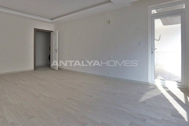 2-bedroom-apartments-in-kepez-with-separate-kitchen-interior-003.jpg