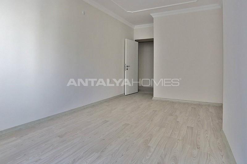 2-bedroom-apartments-in-kepez-with-separate-kitchen-interior-008.jpg