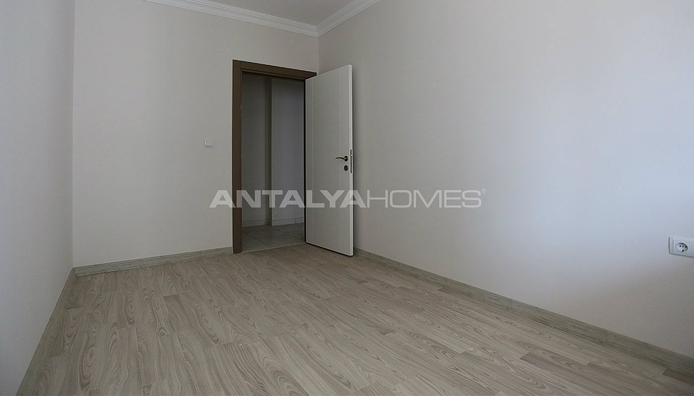 2-bedroom-apartments-in-kepez-with-separate-kitchen-interior-011.jpg
