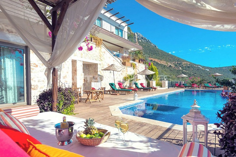 5-bedroom-stone-villa-in-kalkan-for-extended-family-005.jpg