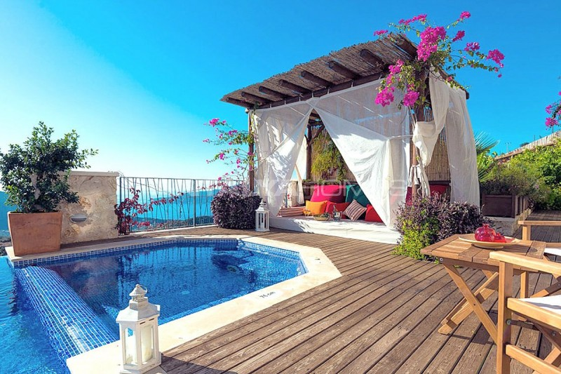 5-bedroom-stone-villa-in-kalkan-for-extended-family-006.jpg