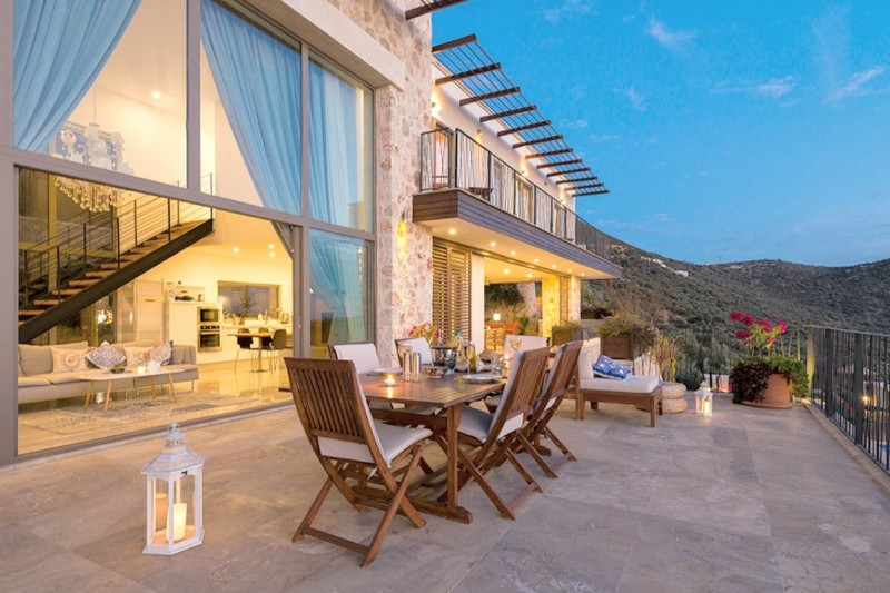 5-bedroom-stone-villa-in-kalkan-for-extended-family-main.jpg