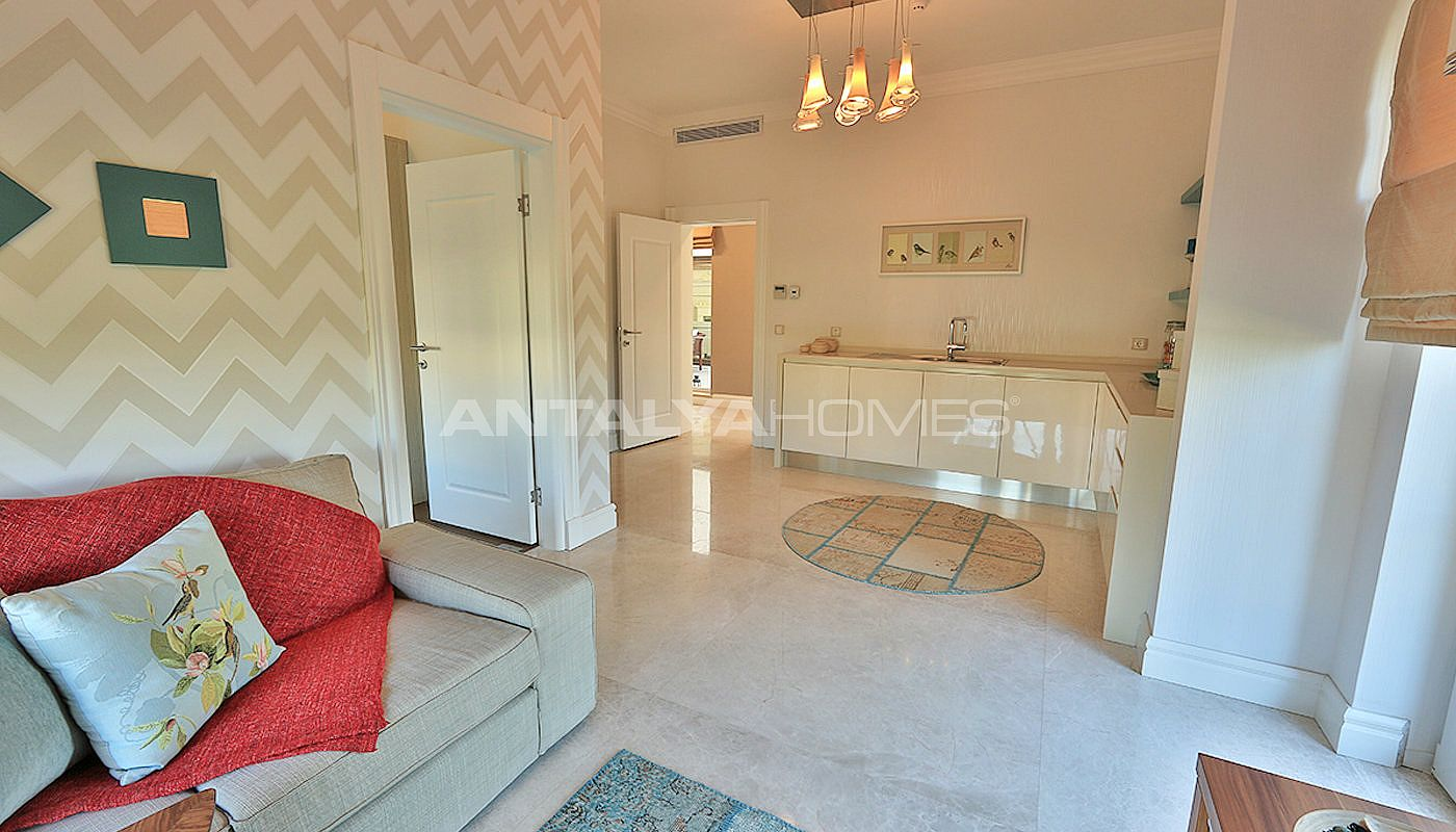 authentic-detached-villas-in-istanbul-with-private-pool-interior-008.jpg