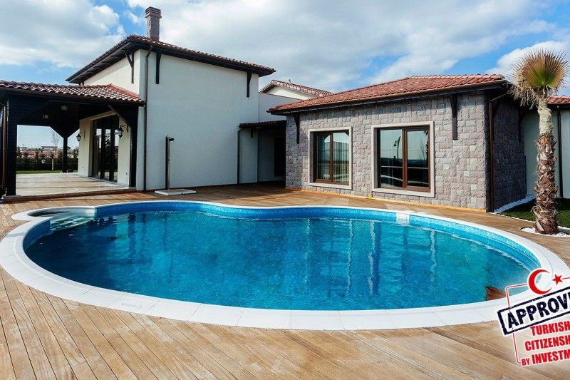 authentic-detached-villas-in-istanbul-with-private-pool-main.jpg