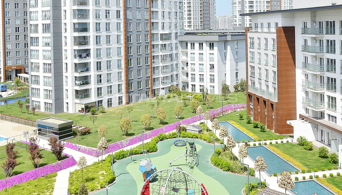 award-winning-apartments-in-istanbul-with-theme-park-003.jpg