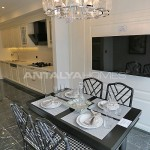 central-apartments-overlooking-the-sea-in-istanbul-interior-09.jpg