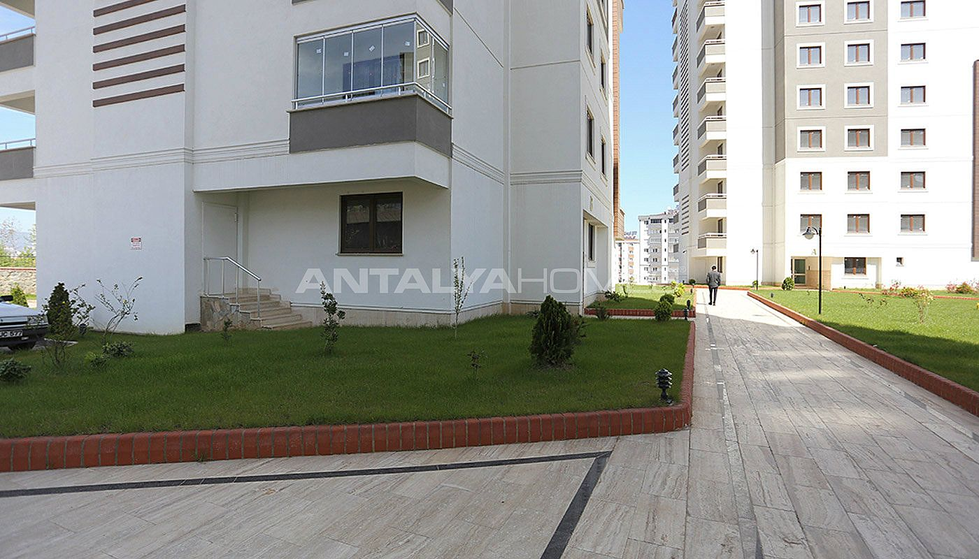 comfortable-apartments-in-trabzon-close-to-the-all-possibilities-012.jpg