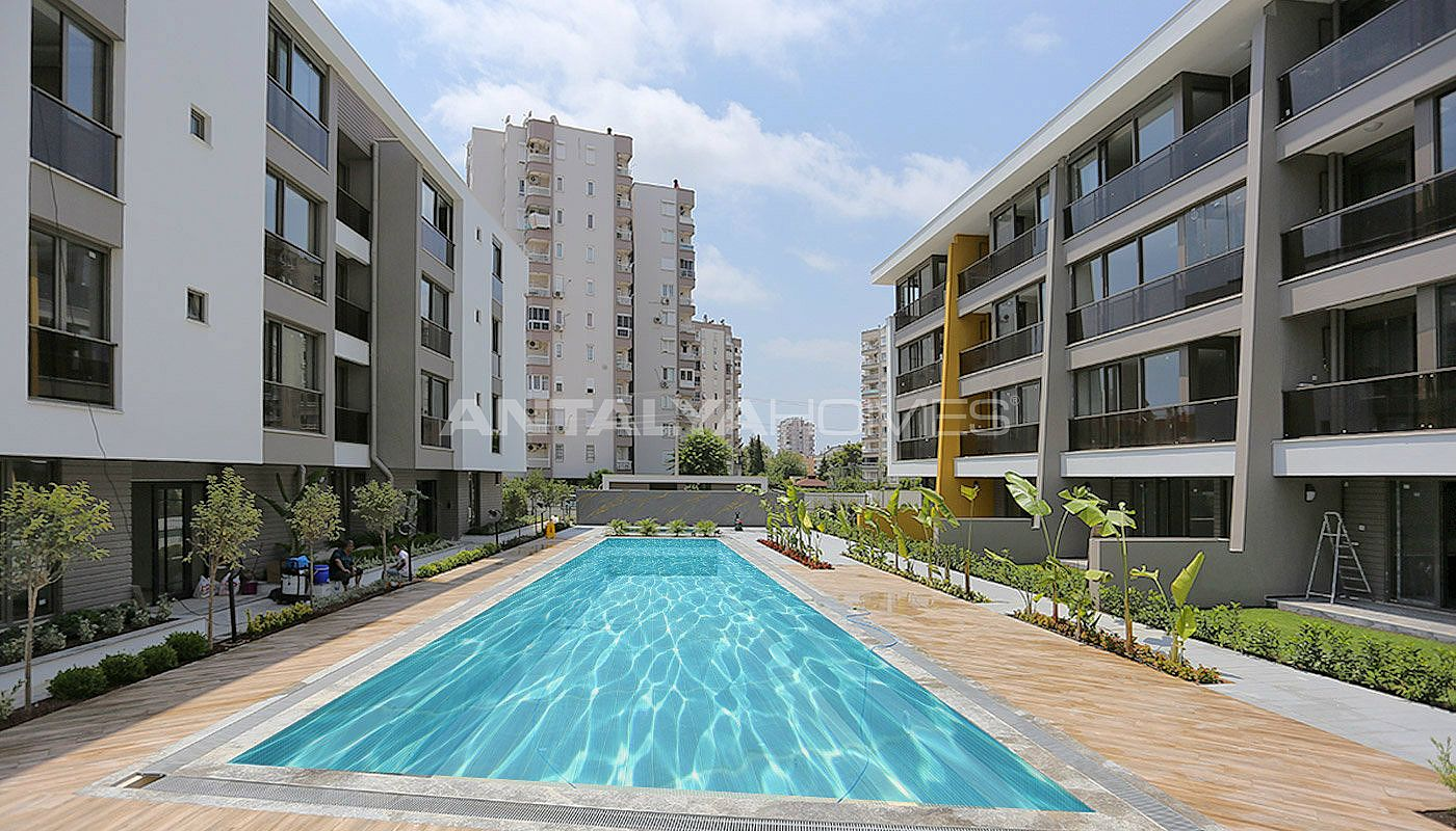 contemporary-style-lara-apartments-in-exclusive-complex-001.jpg