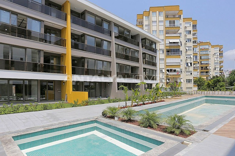 contemporary-style-lara-apartments-in-exclusive-complex-002.jpg