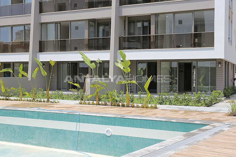 contemporary-style-lara-apartments-in-exclusive-complex-005.jpg