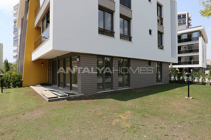 contemporary-style-lara-apartments-in-exclusive-complex-006.jpg