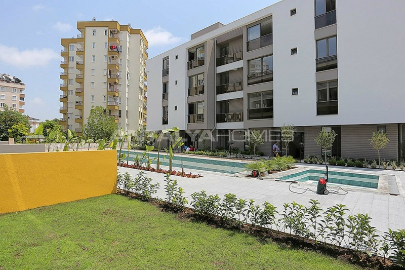 contemporary-style-lara-apartments-in-exclusive-complex-007.jpg