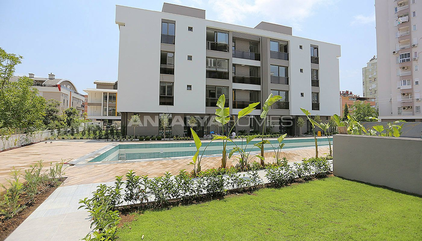 contemporary-style-lara-apartments-in-exclusive-complex-009.jpg