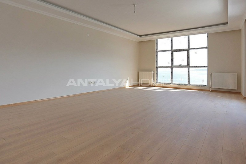 family-friendly-trabzon-property-with-large-social-area-interior-001.jpg