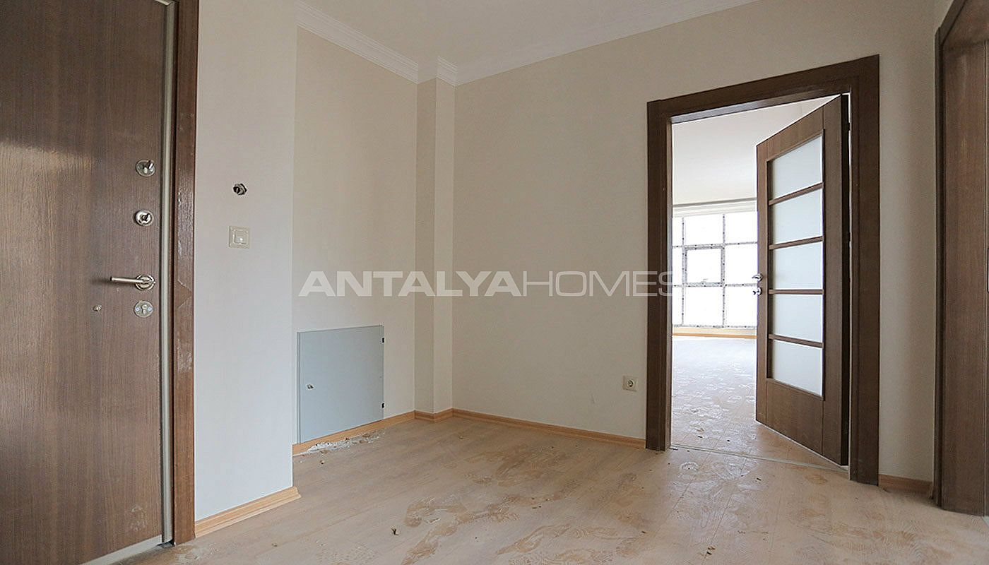 family-friendly-trabzon-property-with-large-social-area-interior-020.jpg