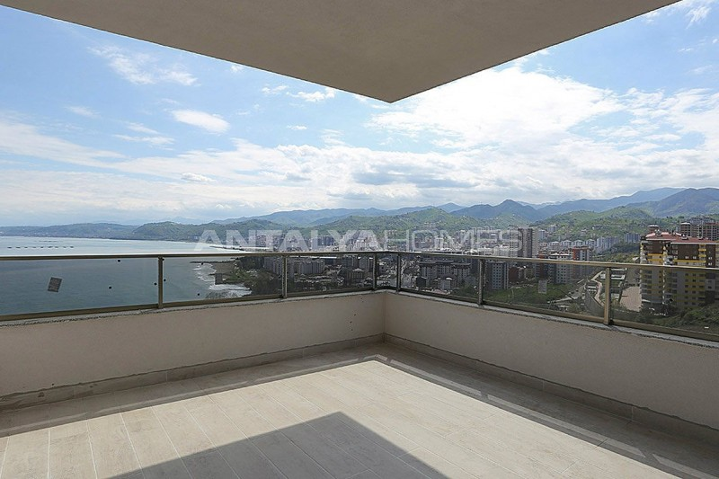 family-friendly-trabzon-property-with-large-social-area-interior-022.jpg
