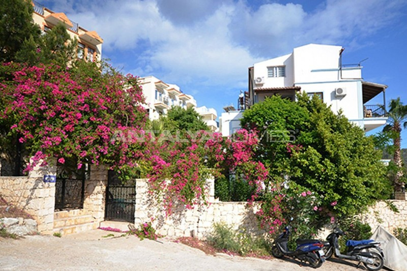 fully-furnished-apartments-in-a-favorable-region-of-kalkan-04.jpg