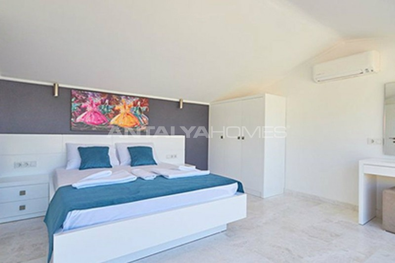 fully-furnished-kalkan-house-250-meter-to-the-beach-interior-008.jpg