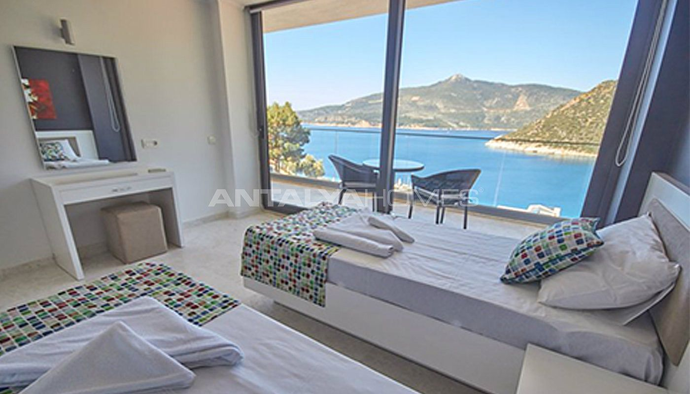 fully-furnished-kalkan-house-250-meter-to-the-beach-interior-012.jpg