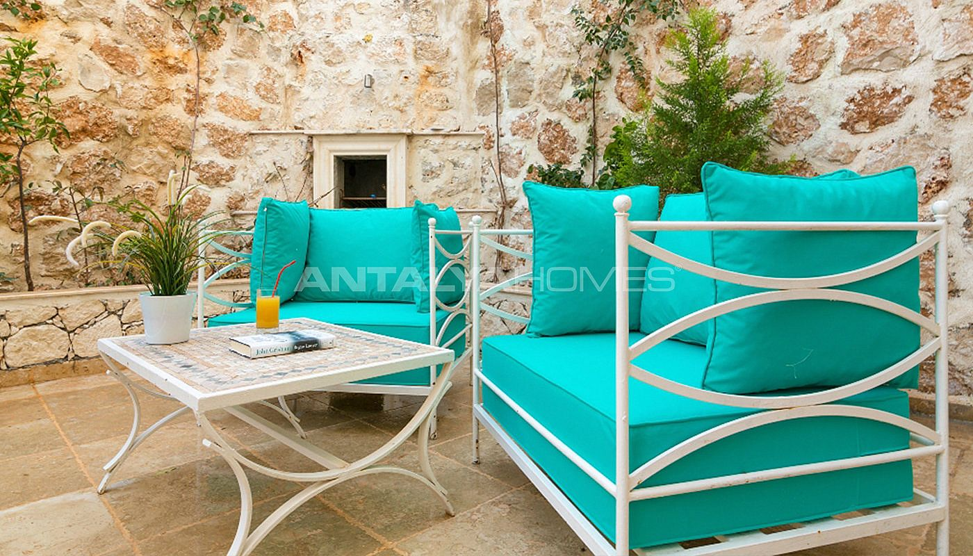 fully-furnished-unique-house-in-kalkan-with-private-pool-04.jpg