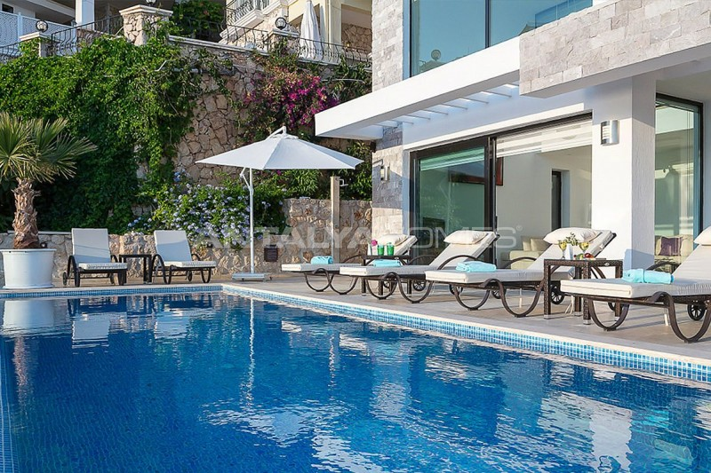 furnished-kalkan-real-estate-with-private-infinity-pool-04.jpg