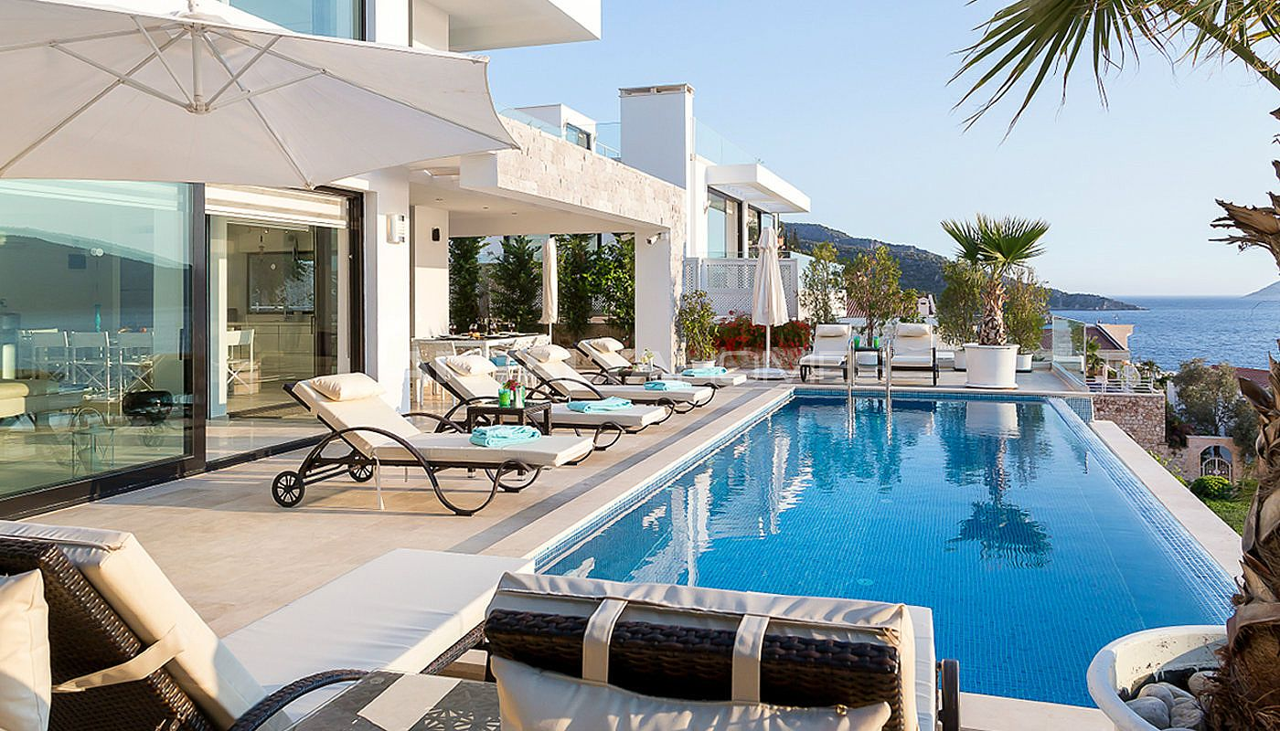 furnished-kalkan-real-estate-with-private-infinity-pool-05.jpg