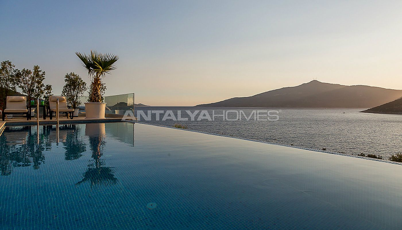 furnished-kalkan-real-estate-with-private-infinity-pool-07.jpg