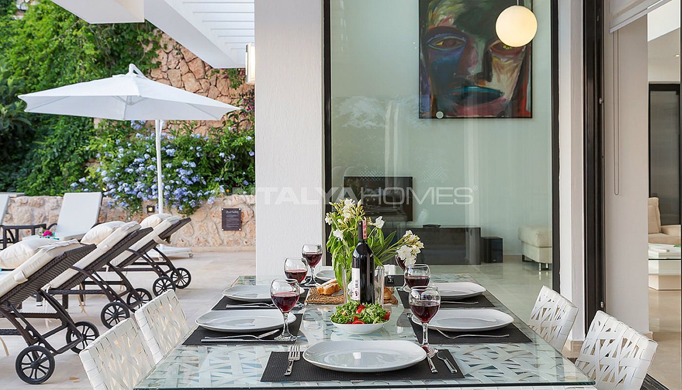 furnished-kalkan-real-estate-with-private-infinity-pool-09.jpg