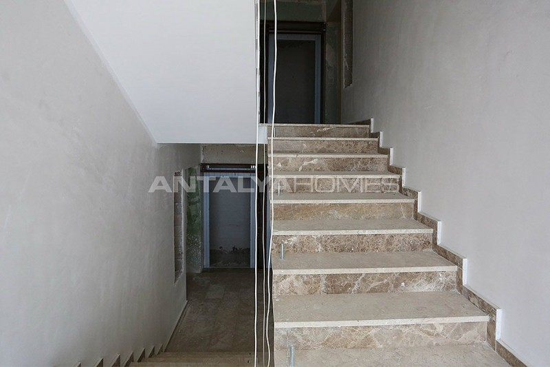 high-quality-real-estate-in-trabzon-construction-005.jpg