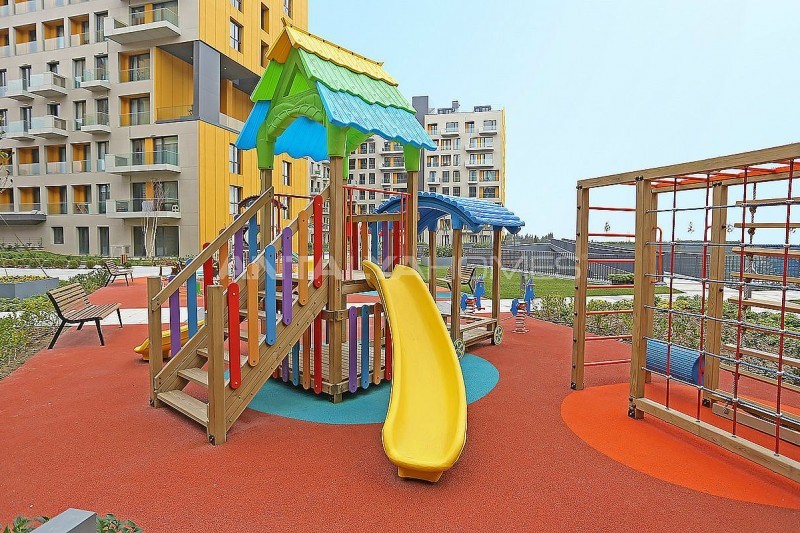 lake-view-apartments-in-fully-equipped-project-in-istanbul-008.jpg