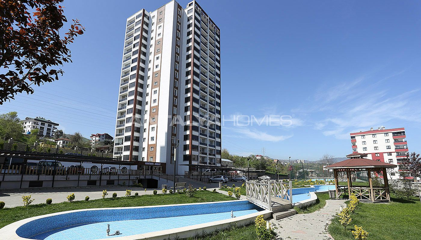large-apartments-in-trabzon-with-sea-and-nature-view-001.jpg