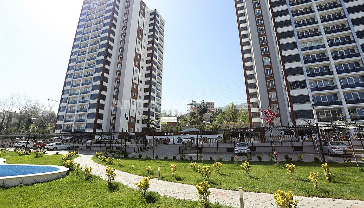 large-apartments-in-trabzon-with-sea-and-nature-view-003.jpg